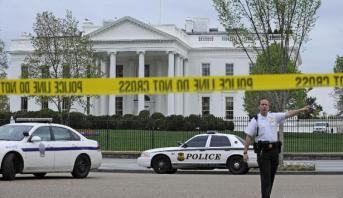Photo of أمريكا: إغلاق البيت الأبيض بعد قفز شخص من حاجز قربه