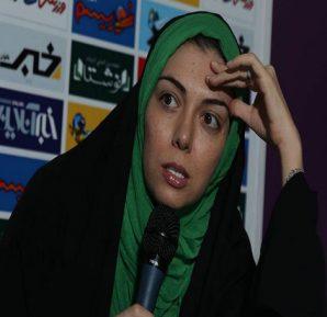 """بالفيديو.. التلفزيون الإيراني يفصل مذيعة """"محجبة"""" لظهورها في فيديو تتعاطى البيرة"""