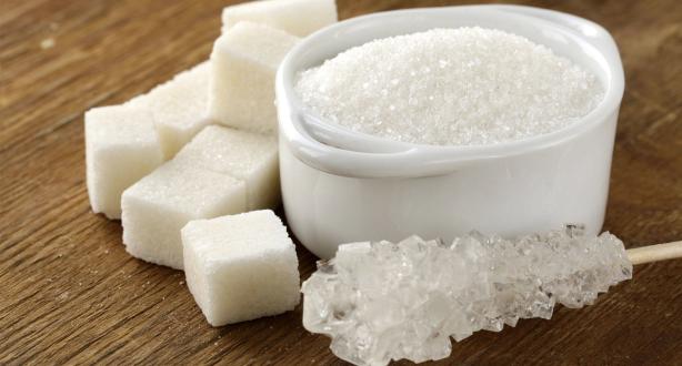 دراسة: الإكثار من تناول السكر يساهم في تطور بعض أنواع السرطان