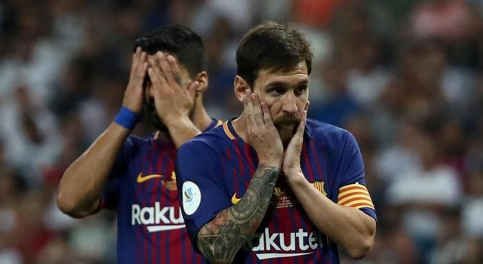 بعد خسارة السوبر.. مشكلة برشلونة أكبر من رحيل نيمار