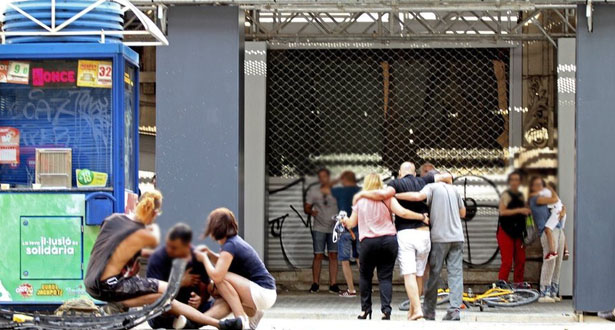 دهس سيارة لحشد من الناس في برشلونة: 13 قتيلا و50 مصابا