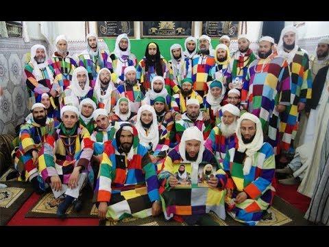 شاهد غرائب الصوفية من إحدى مساجد مستغانم بالجزائر