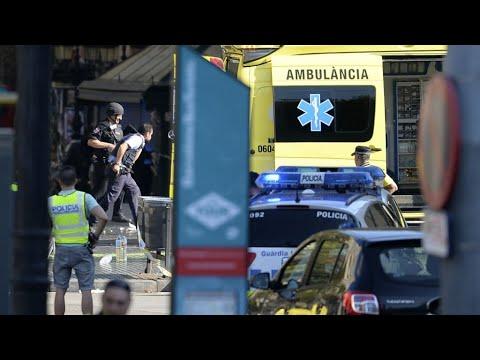 """فيديو.. حالة """"هلع"""" في برشلونة بعد حادثة دهس وسط المدينة"""