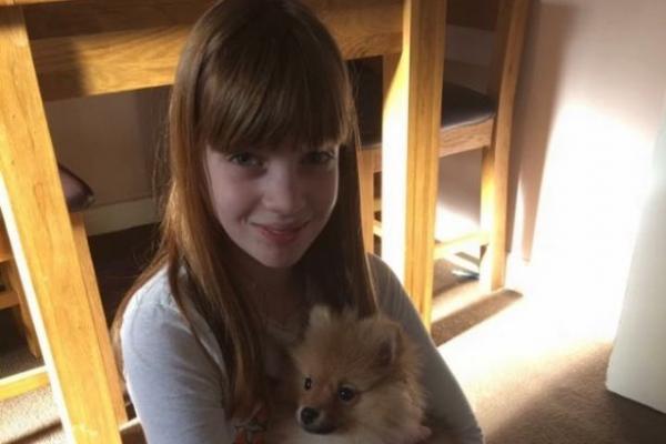 انتحار الطفلة الجميلة بعد مشاجرة مع والدتها