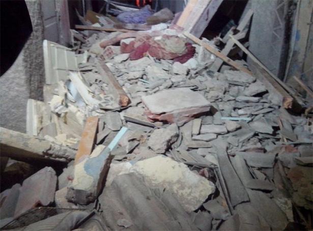 فيديو وصور: مصرع شخص وإصابة ثلاثة آخرين في حادث انهيار منزل بالدار البيضاء