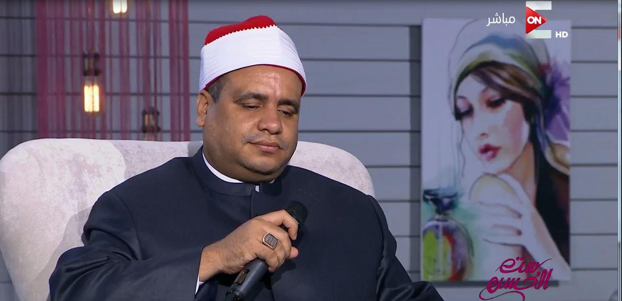 فيديو: إيقاف إمام وخطيب أزهري أدى أغنية أم كلثوم على إحدى الفضائيات