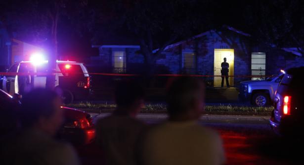 مقتل 8 أشخاص بينهم مسلح في إطلاق نار بتكساس
