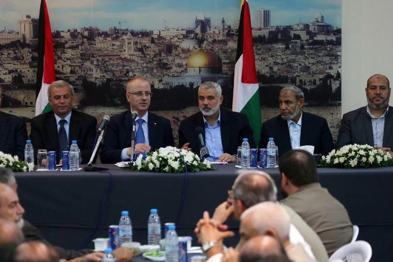 حماس تحل حكومتها في قطاع غزة وتوافق على إجراء انتخابات عامة