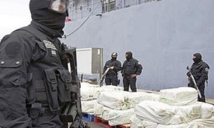 """هذا ما حجزه """"البسيج"""" لدى أكبر شبكة تهريب كوكايين في المغرب"""