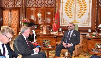 Photo of فيديو: الملك محمد السادس يستقبل المبعوث الشخصي للأمين العام للأمم المتحدة إلى الصحراء المغربية