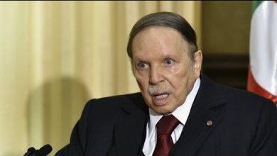 Photo of الجزائر .. شخصيات سياسية وازنة تطالب بإقالة بوتفليقة