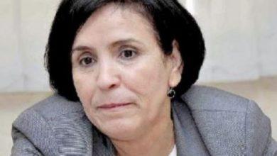 Photo of الجزائر: نقل مديرة صحيفة مضربة عن الطعام على وجه السرعة إلى المستشفى