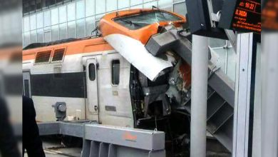 Photo of هكذا اصطدم قطار بحاجز في محطة البيضاء الميناء