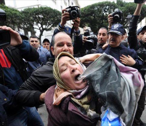 """""""أوروميد – حقوق"""" الأوروبية تحث الجزائر على وضع حد لقمع الحقوقيين والنقابيين"""