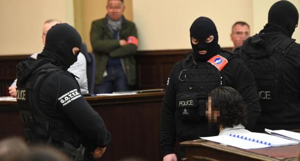 تفاصيل الجلسة الأولى لمحاكمة صلاح عبد السلام أحد منفذي هجمات باريس