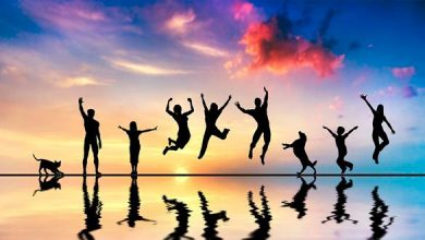 Photo of دراسة: السعي وراء السعادة لا يعني بالضرورة أنك أكثر سعادة