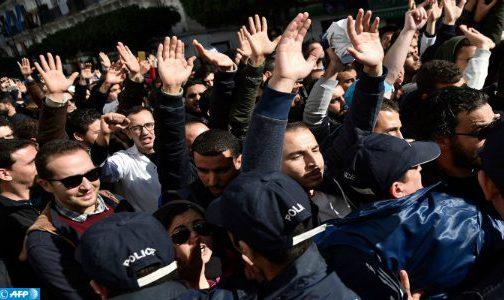 الجزائر: إدانة المدون مرزوق تواتي بعشر سنوات سجنا نافذا