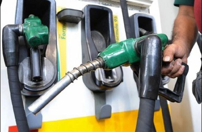 الحكومة لم تحسم في أي صيغة بخصوص قرار تسقيف أسعار المحروقات