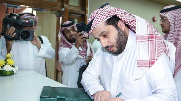 لعبة شياطين آل سعود السياسية في جبة سيفهم الأجرب في الرياضة