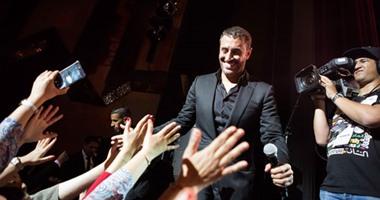 Photo of هكذا تفاعل جمهور موازين مع أغاني القيصر الساهر (فيديو)