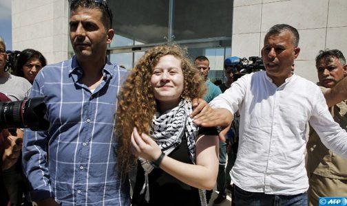 عهد التميمي تعانق الحرية بعد سجنها لصفعها جنديين اسرائيليين