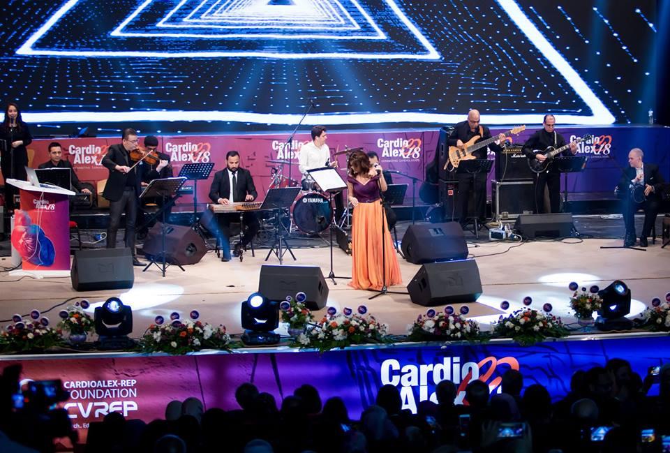 بالصور: سميرة سعيد تتألق في ختام المؤتمر العالمي لأمراض القلب