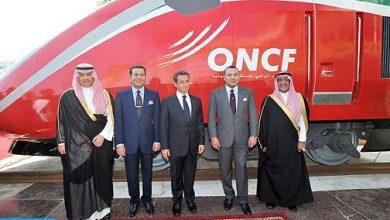 """Photo of الملك محمد السادس يتفضل ويطلق إسم """"البراق"""" على القطار المغربي الفائق السرعة"""