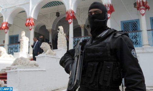 تونس.. مقتل ستة عناصر من الدرك على يد مجموعة إرهابية على الحدود مع الجزائر