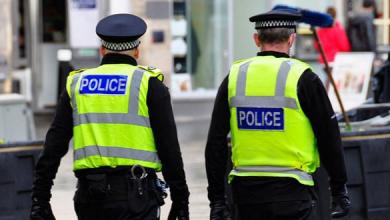 Photo of اعتقال خمسة أشخاص متهمين بالاعتداء على طفل بمادة حمضية غرب انجلترا