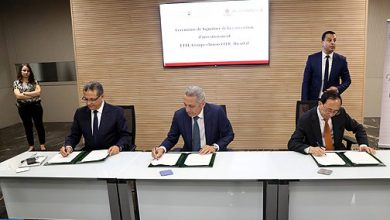 "Photo of صناعة السيارت.. التوقيع على اتفاقية استثمارية بين المغرب والمجموعة الصينية ""ستيك ديكاستال"" لإنتاج إطارات العجلات من الألمنيوم"