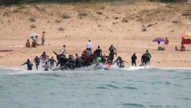 "Photo of بالفيديو: مطاردة ""هوليودية"" لمهاجرين على شواطئ إسبانيا"