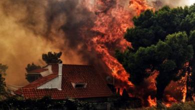 Photo of حصيلة ضحايا الحرائق ترتفع إلى 79 قتيلا و أكثر من 200 مصابا بجروح في اليونان