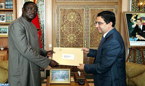 بوريطة يستقبل وزير الشؤون الخارجية الغامبي حاملا رسالة إلى الملك من الرئيس أداما بارو