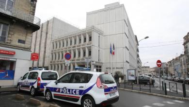 Photo of الداخلية الفرنسية: القتيلتان في حادث طعن بباريس هما أم المهاجم وأخته