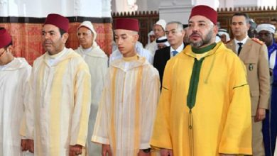 Photo of تفاصيل أداء الملك محمد السادس لصلاة عيد الأضحى ونحر الأضحية