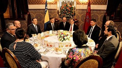Photo of الملك محمد السادس يقيم مأدبة عشاء على شرف رئيس وزراء البوسنة والهرسك