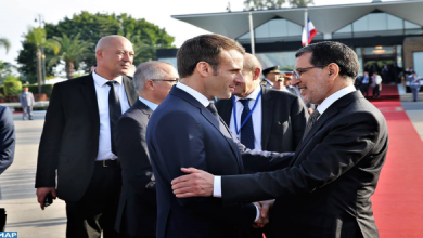Photo of الرئيس الفرنسي يغادر المغرب في ختام زيارة عمل بمناسبة تدشين خط القطار فائق السرعة
