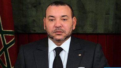 Photo of الملك يعزي ويواسي أفراد أسرة المرحوم الشاعر علي الصقلي الحسيني