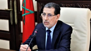 Photo of رئيس الحكومة يطمئن التجار والمهنيين