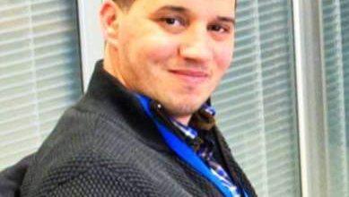 """Photo of المدير السابق لجريدة """"التجديد"""" يقصف فتوى بنكيران حول صور ماء العينين"""