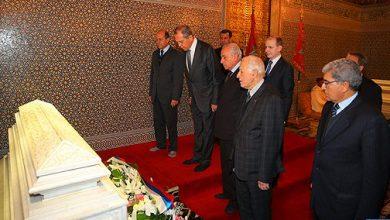 Photo of وزير الشؤون الخارجية الروسي يزور ضريح محمد الخامس