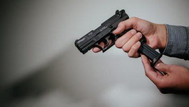 Photo of عثروا في منزله على ألف قطعة سلاح و 10 آلاف طلقة