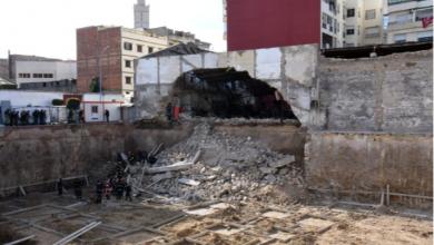 Photo of الدار البيضاء: انهيار السور لأحد المصانع المهجورة يتسبب في محاصرة عاملين تحت الأنقاض