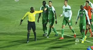 "Photo of ""الكاف"" يوقف حكم مباراة نهضة بركان والرجاء البيضاوي"