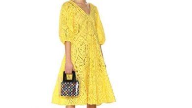 Photo of الفستان الأصفر لإطلالة صيفية جريئة ومبهجة