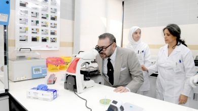 Photo of الملك يدشن مركز الفحص بالأشعة والتحاليل الطبية للأمن الوطني