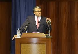 Photo of مصطفى الرميد يرد  على تصريحات بنكيران حول لغات التعليم