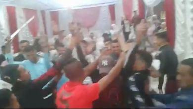 Photo of القنيطرة: توقيف شخص ظهر رفقة عدد من الأشخاص وهم يشهرون أسلحة بيضاء في واقعة وثقها مقطع فيديو