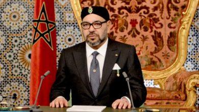 Photo of الملك يجدد التأكيد على التزام المغرب الصادق بنهج اليد الممدودة تجاه الجزائر