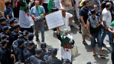 Photo of الطلبة بالجزائر يتظاهرون للأسبوع الـ24 على التوالي